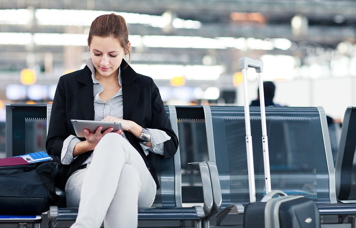 Consumer-paying-while-traveling